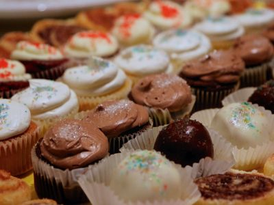 Cupcakes and desserts from Promise Culinary School